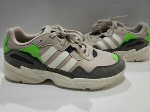 MEN'S ADIDAS 'YUNG-96' CASUAL RUNNING SHOES - SOLAR GREEN Size 12.5 - F97182