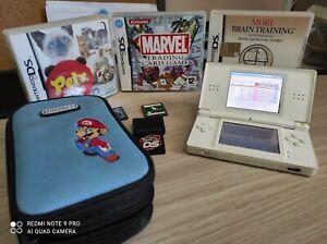 Nintendo DS Lite Console Portatile - Bianco. Con custodia Mario e giochi