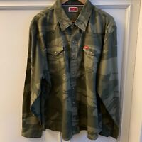 NEW Men's Wrangler Green Camo Long Sleeve Shirt Size 2XL