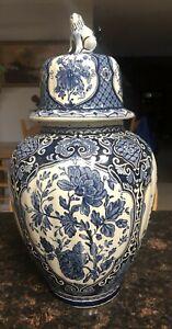 DELFT Lidded Vase Ginger Jar Foo Dog by BOCH ROYAL SPHINX HOLLAND