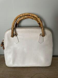 Vintage Authentic GUCCI Women's White Leather Bamboo Handle Handbag Zip Purse