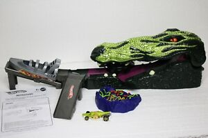 HOT WHEELS Crocodile Crunch Set COMPLETE with Crocodile Car & Instructions