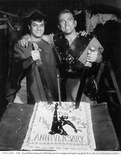 Kirk Douglas and Tony Curtis Spartacus (1960)    -  8 1/2 X 11