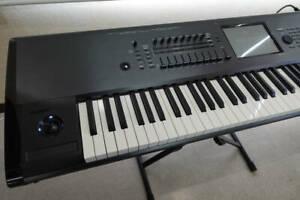 KORG Kronos X-88 88 Schlüssel Musik Workstation Synthesizer Kariert Getestet Ex