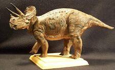 Kaiyodo Dinoland Triceratops Vinyl Model Dinosaur Kit Rare Mint Condition