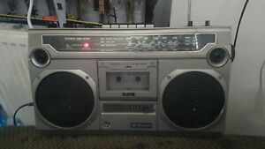 vintage ghetto blaster boombox hitachi trk-8000e spares or repairs