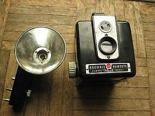 Vintage Kodak BROWNIE HAWKEYE Camera (FLASH Model)