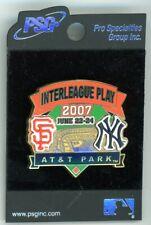 SF Giants vs New York Yankees Pin 2007 AT&T Park PSG New on card NY sfg63