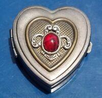 Vintage Ann Cichon Dallas Designer. Silver Tone Jewelry/Trinket/Pill Heart Box