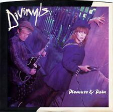 "DIVINYLS ""Pleasure and Pain"" (45 RPM) 7"" vinyl record w/ picture sleeve MINT"