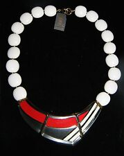 """NWT ~ Vintage ~ Trifari ~ 17"""" Clear lucite / Red / White ~ Collar Necklace #1081"""