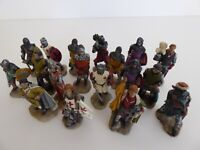 18 RESIN KNIGHTS APPROXIMATELY 7-8 CM/20-30 GRAMS EACH DECORATIVE SOLD AS SEEN