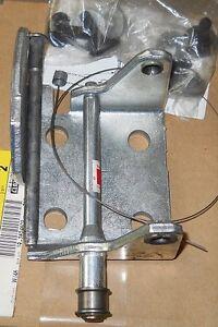 NOS 1988-2002 Chevrolet Truck LH Upper Door Hinge Kit
