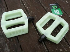 "BMX Bike Pedals (GLOW IN THE DARK) Cycle Bicycle (PAIR) 9/16"" (NEW)"