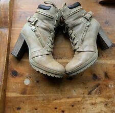 Womens Leather Gess High Heel Boot Size 7 M