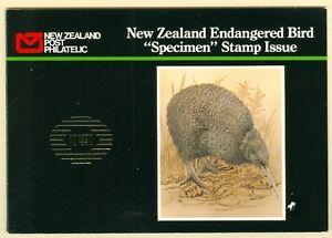 NEW ZEALAND : 1990. High Value Bird set Overprinted SPECIMEN in Special Booklet