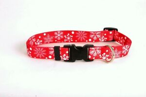 NEW Yellow Dog Design Red Holiday Snowflakes Dog and Cat Collar or Leash