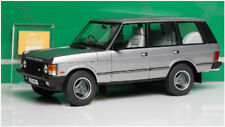 Auto cult 1:18 Land Rover 1990 The First Generation Land Rover Die Cast RARE