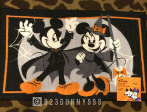 """New Disney 2021 Halloween Mickey & Minnie Mouse Accent Rug 20""""x 32"""""""