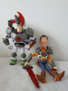 Toy story that time forgot Battlesaur Buzz Lightyear and woody talking figures