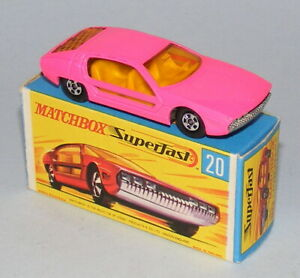 MATCHBOX SUPERFAST #20a LAMBORGHINI MARZAL RARE HOT PINK EXCELLENT BOXED
