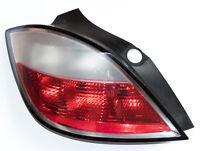 Opel Astra H Heckleuchte links 24451835 Rücklicht Rückleuchte Bremslicht TOP 1A