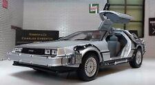 1:24 Scala DeLorean DMC Ritorno Al Futuro 2 II dettagliato Welly pressofuso