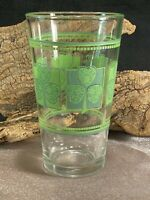 VINTAGE LIBBEY DRINKING GLASS ST PATRICKS DAY GREEN SHAMROCK BEER PINT Y