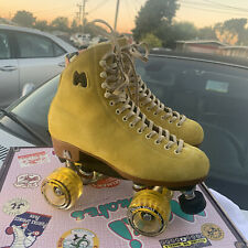 Moxi Lolly Pineapple Skates Size 7 Worn Once