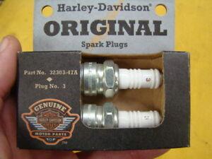 Harley original spark plugs pair 32303-47A NOS motor engine parts 01661
