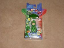 NEW PJ MASKS LIGHT UP FIGURE GEKKO WITH AMULET BRACELET, 3""