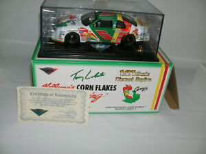 Revell Collection Club 1/24 Die Cast #5 Terry LaBonte 1998 Monte Carlo Kelloggs