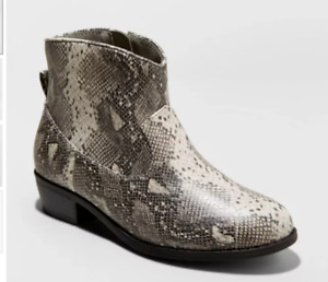 Cat & Jack Girls Graciela Snake Print Western Ankle Boots Booties - Size 4 - New