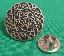Celtic Knot Enamel & Metal Lapel Pin Badge - 20mm Gift Idea Design 2