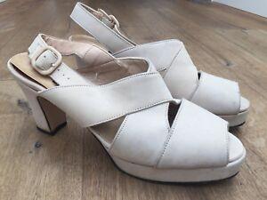TOP END Platform Sandals Beige Suede Leather Size 8.5