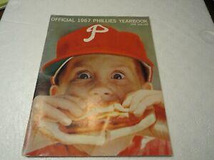 1967 PHILADELPHIA PHILLIES YEARBOOK VERY GOOD /EXCELLENT