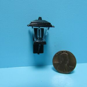 Dollhouse Miniature Black Coach Porch Light with Bulb Non-Working  MH628NW