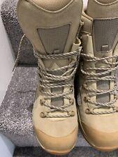 mens army boots LOWA  size 9 L
