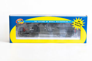HO Athearn SP SD40T-2 #8277 Tunnel Motor Southern Pacific RTR 95113