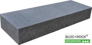 """Blockstufe """"Noble Black"""" Basalt, unterschiedliche Größen, Sonderpreis"""