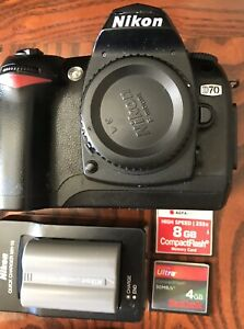 Nikon D70 DSLR 2x Batteries 2x Memory Cards And Charger