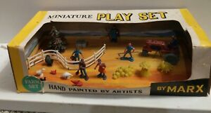 Vintage Marx Farm Playset in HO Scale from 1960s