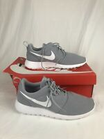Nike Men's Size 10 Roshe One Wolf Grey White Running Shoes