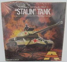 """Aurora 323 - """"STALIN"""" tank - 1:48 - CARRO ARMATO MODELLO MILITARE KIT KIT-ww2"""