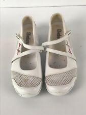 Lorna Jane skechers White Sports Shoes Gym Running Yoga Size 7