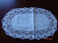 Ovales Deckchen m. Klöppelspitze - Hohlsaum - Handarbeit - weiß