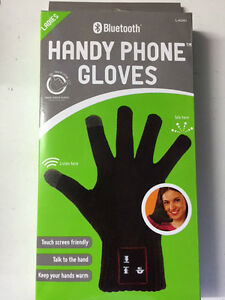 Bluetooth Audio Gloves Talking Touch Screen Phone Calling Hands free Gloves UK