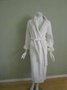 NATORI Cream Cozy Soft Plush Sherpa Robe with Self Belt Size S