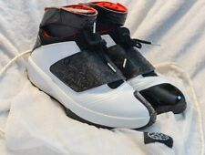 Sz 12 Original 2005 Air Jordan 20 (XX) Black Toe (Wht,Red,Blk) With String Bag