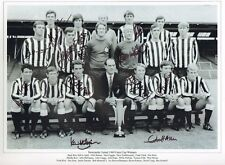 NEWCASTLE UTD-1969 FAIRS CUP-SIGNED 16x12 PHOTO-POP ROBSON-BOBBY MONCUR-J SCOTT